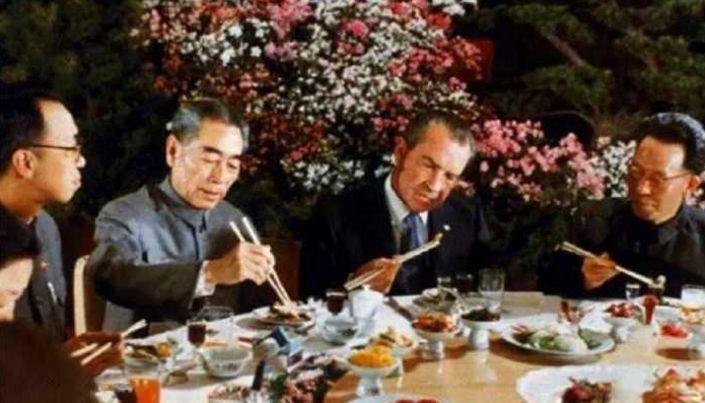 各国领导人吃饭对比,中国骄傲